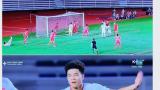 """Hạ U22 Singapore trong """"nghẹt thở"""": Sao Việt """"thở phào"""" ăn mừng, người khoe tài dự đoán """"như thần"""""""