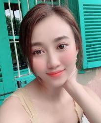 Nhan sắc Hồng Loan đang tìm hiểu Tiến Linh: Xinh đẹp hút ánh nhìn, hiếm khi mặc bikini