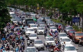 So sánh giao thông ở Hà Nội đông - vắng khác biệt khi giãn cách xã hội