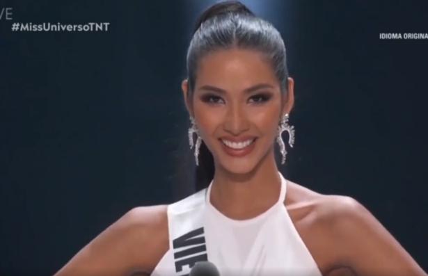 """Hoàng Thùy nói tiếng Anh """"cực chất"""" tại chung kết Miss Universe 2019"""
